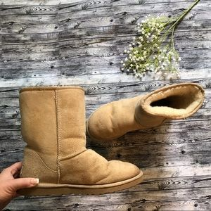 Ugg Classic Short Authentic Boots Size 9